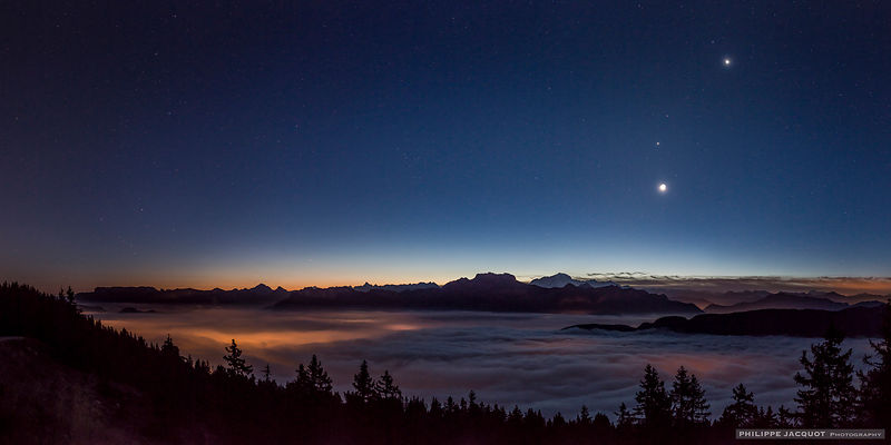 Planetary Collar and Crescent Moon (2) - Annecy Semnoz