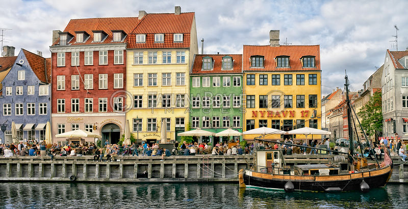 Regular day at Nyhavn