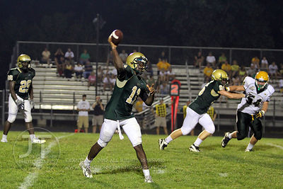 IC_WEST_HEMPSTEAD_FOOTBALL73