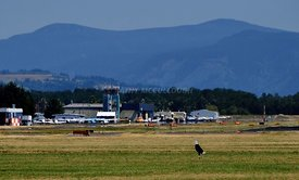 49_Troutdale_Airport