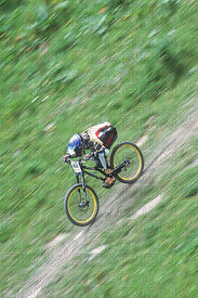 NICOLAS VOUILLOZ LEYSIN, SWITZERLAND. TISSOT MOUNTAIN BIKE WORLD CUP 2001
