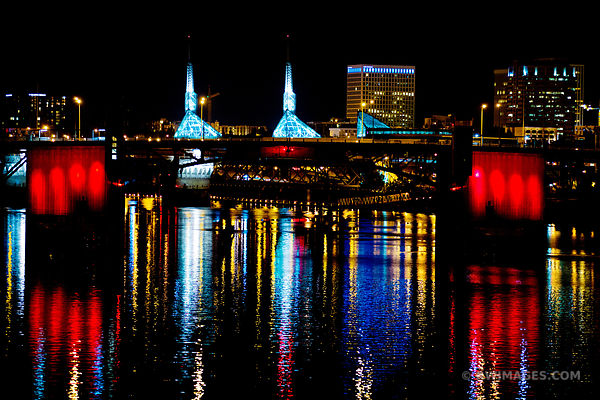MORRISON BRIDGE WILLAMETTE RIVER DOWNTOWN PORTLAND OREGON AT NIGHT COLOR