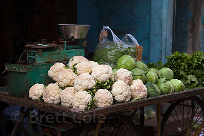 Cauliflower, lettuce, and spinach at a market in Jodhpur, Rajasthan, India