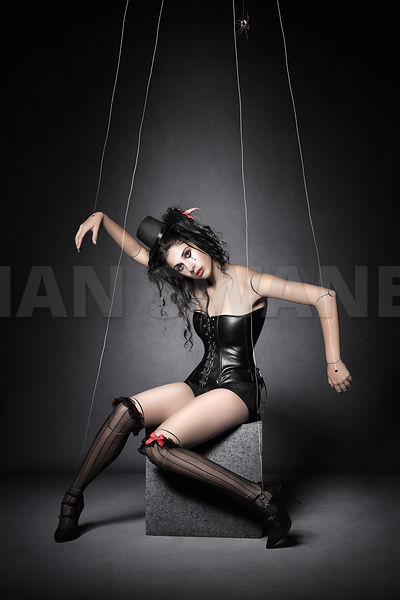 Black Widow Marionette Puppet
