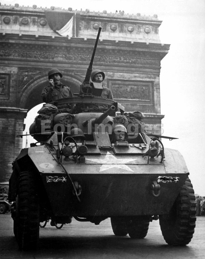 American tank in Paris in August 1944