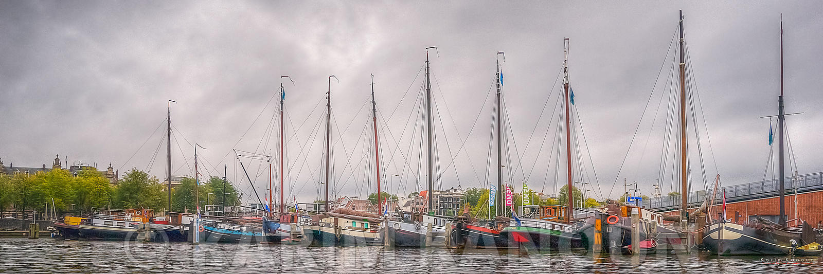 Panorama - Lines of colorful sailing boats