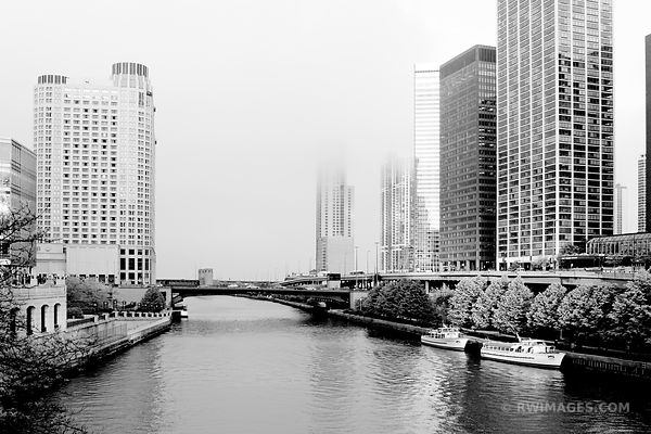 FOG COMING FROM THE LAKE CHICAGO BLACK AND WHITE
