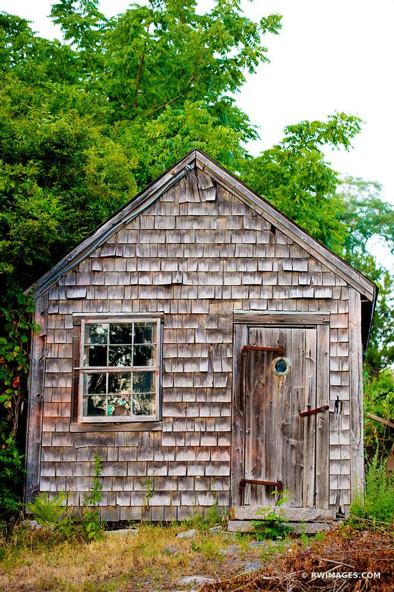 OLD HOUSE CAPE ANN MASSACHUSETTS COLOR VERTICAL