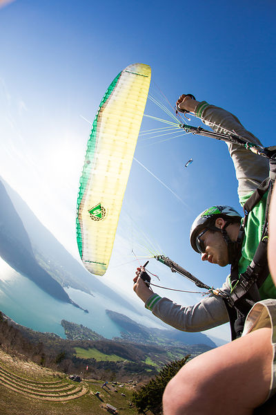 _MG_9819-freestyle__paragliding__parapente__tim_alongi