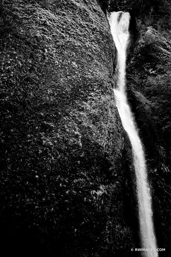 HORSETAIL FALLS COLUMBIA RIVER GORGE OREGON BLACK AND WHITE
