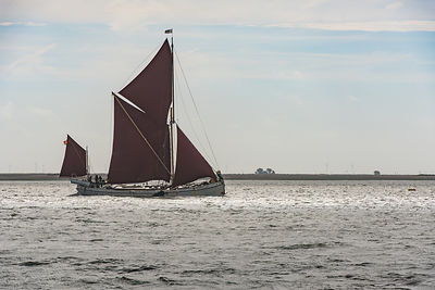 Thames sailing barge Reminder