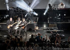 Marillion_-_Cambridge_-_AMForker-0120