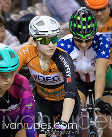 Elite/Junior Women Points Race. Ontario Track Championships, Mattamy National Cycling Centre, Milton, On, March 5, 2017