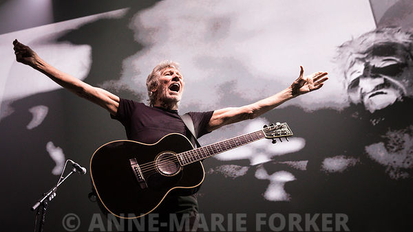 Roger_Waters_-_Anne-Marie_Forker-7024