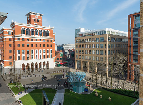 Brindleyplace, Birmingham. Central Square