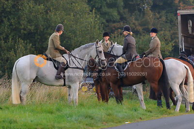 The Cottesmore Hunt at America Lodge Crossroads 23/9 photos