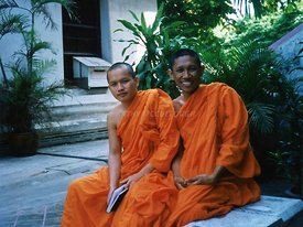 59_Massage_Monks_who_traded_picture_for_English_lessons
