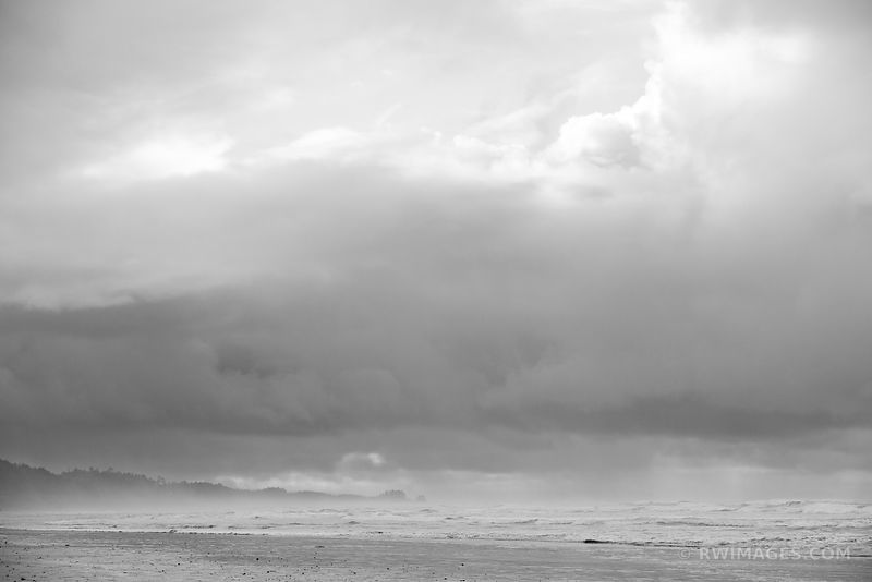 BEACH PACIFIC OCEAN WAVES OLYMPIC NATIONAL PARK WASHINGTON PACIFIC NORTHWEST BLACK AND WHITE