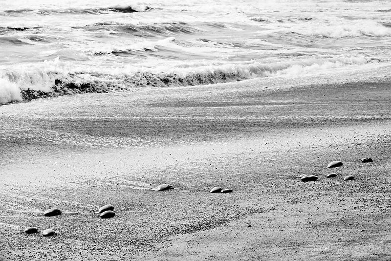 STONES ON THE BEACH RIALTO BEACH OLYMPIC NATIONAL PARK BLACK AND WHITE