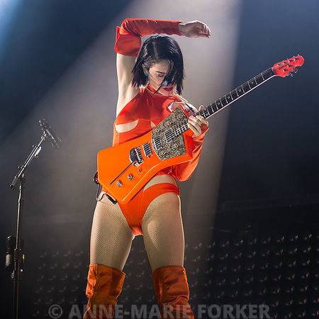 Annie Clark / St. Vincent photos