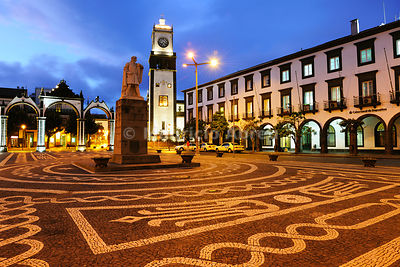 The Portas da Cidade (Gates to the City), are the historical entrance to the village of Ponta Delgada and the ex-libris of the city since the 18th century. São Miguel, Azores islands, Portugal