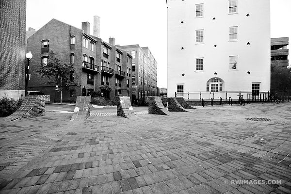 GEORGETOWN WASHINGTON DC BLACK AND WHITE