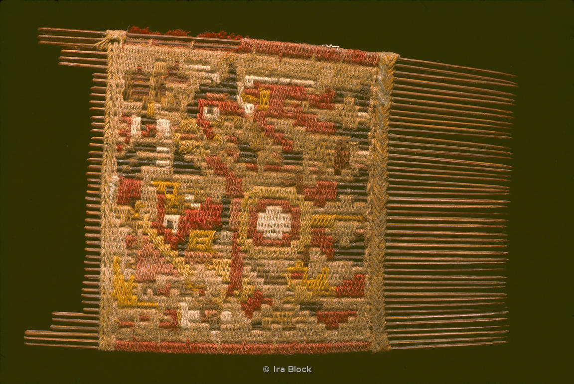 Moche comb found in El Brujo