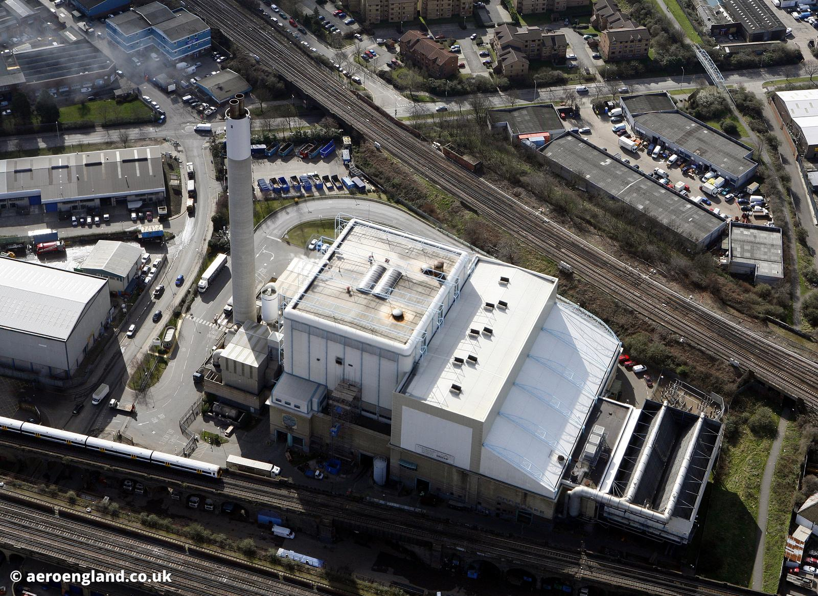 the South East London Combined heat and power ( SELCHP ) power station generates electricity by burning waste material