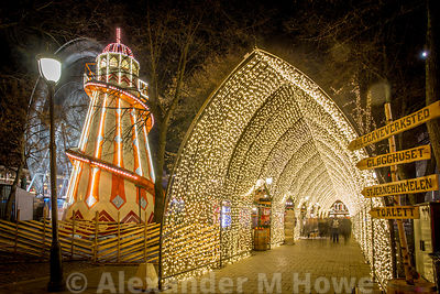 Helter Skelter and tunnel of lights at Oslo's WInter Wonderland event