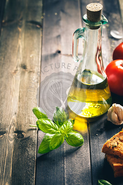 Basil, Olive Oil, Garlic, Tomatoes, bread