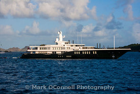 Superyacht Air at anchor