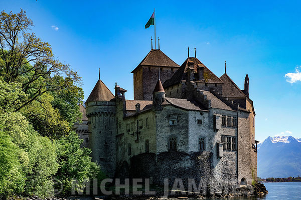 CHATEAU DE CHILLON photos