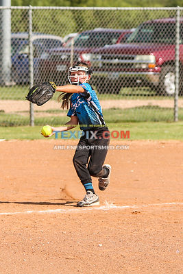 08-19-17_SFB_8U_Diamond_Divas_v_West_Texas_Force-16