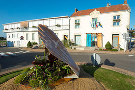 photo: mairie de La Plaine sur mer