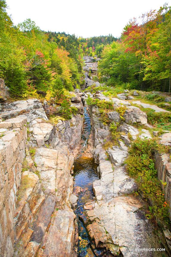 SILVER CASCADE CRAWFORD NOTCH STATE PARK WHITE MOUNTAINS NEW HAMPSHIRE FALL COLORS