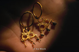 Glittering Gold Earings Recovered from the Seafloor - Cuba's Golden Past