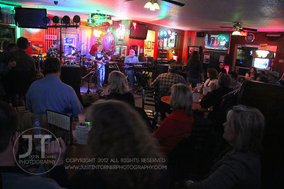 The progressive classic rock band, the Beaker Brothers perform Saturday night to patrons of Shakespeare's Pub and Grill located at 819 South 1st Avenue in Iowa City. Copyright Justin Torner 2012 http://justintorner.photoshelter.com