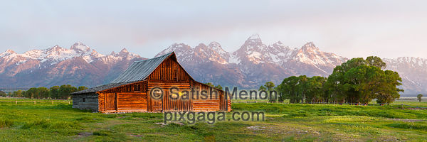 Moulton Barn, Grand Teton National Park, Wyoming, USA