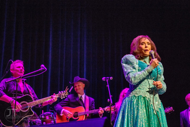 Hoopla - Loretta Lynn, Paramount Theatre, March 26, 2015 photos