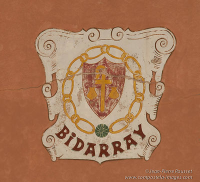 Bidarray: Blazon on the Fronton
