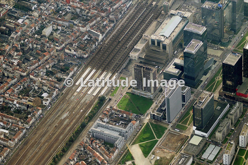 latitude image gare du nord aerial photo. Black Bedroom Furniture Sets. Home Design Ideas