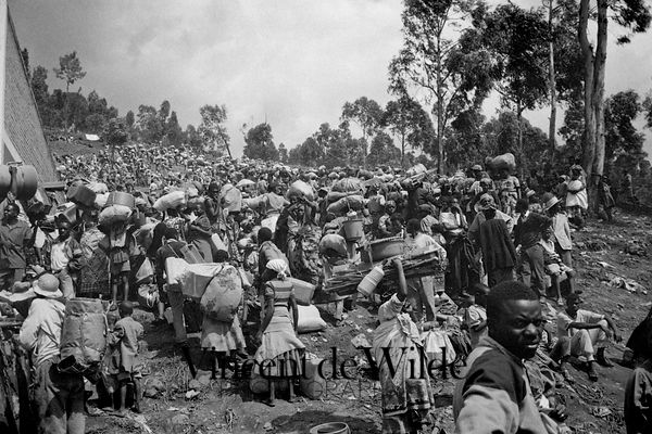 Rwanda - 1996: Retour des Réfugiés / The Return of the Refugees [Click to open] photos