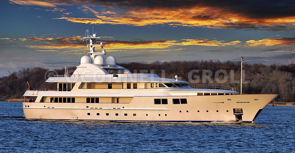 Superyacht Jamaica Bay