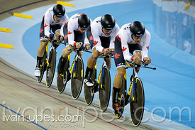 Men's Team Pursuit Final. Track Day 4, Toronto 2015 Pan Am Games, Milton Pan Am/Parapan Am Velodrome, Milton, On; July 19, 2015