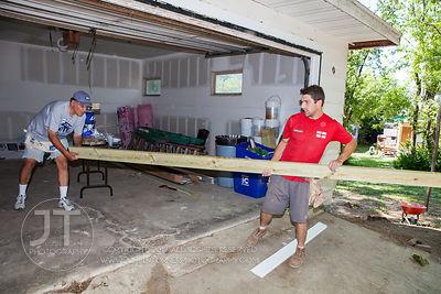 Iowa Valley Habitat for Humanity, AW Welt Ambrisco Volunteers