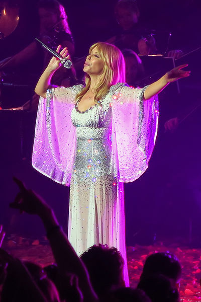 Kylie_at_the_Albert_Hall_-129
