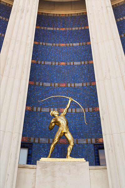 The Archer in Front of the Hall of State