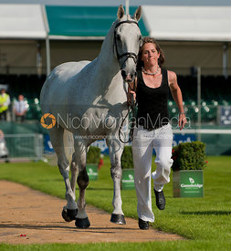 Caroline Powell and Lenamore, Land Rover Burghley Horse Trials 2010.