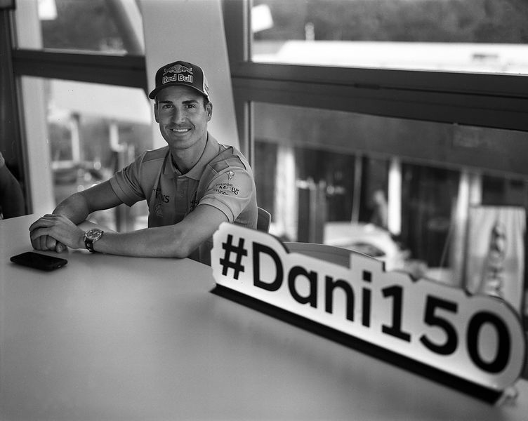 Dani Sordo,  great fan of photography, celebrate his 150th rally start. photo Francois Baudin / Austral, black and white picture with analog camera during Rally Deutschland in Bostalsee, on August 16, 2017