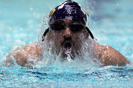 Pics show members of the Ren96 swimming team in action at todays Scottish Masters Swimming Championships at Scotstoun Leisure Centre, Glasgow..Ren96, who hail from Neilston, south of Glasgow, won the team trophy after a 12 year domination by Silver City (Aberdeen)..25.4.09..Pic Copyright:.Iain McLean.79 Earlspark Ave.Glasgow G43 2HE